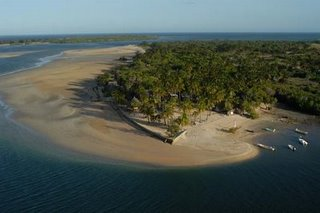 manda_bay_in_lamu_kenya